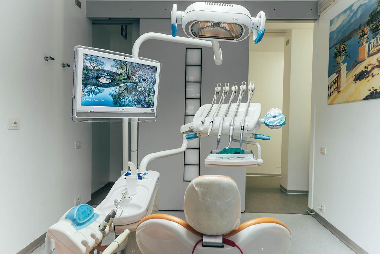 studio-dentistico-alessandra-verrua-asti-12